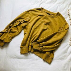 Who What Wear Mustard Ruffle Sleeve Sweatshirt XXL